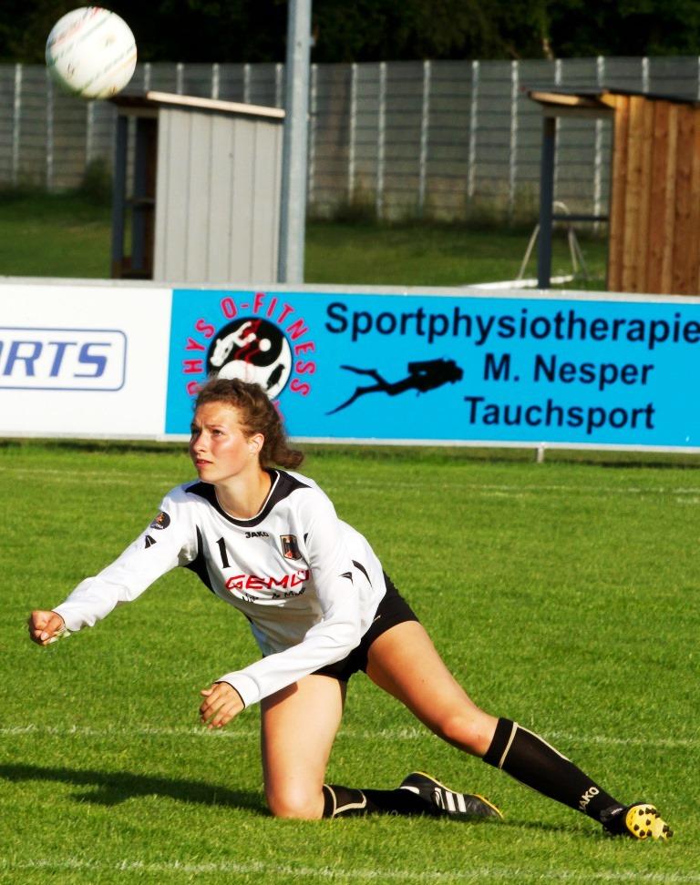 Inga Maus darf in der U21-Faustball-Nationalmannschaft debütieren